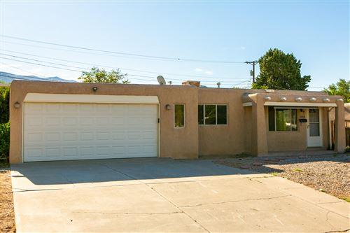Photo of 2514 CAROL Street NE, Albuquerque, NM 87112 (MLS # 972390)
