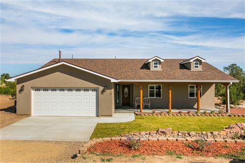 Photo of 6 STANLEY Road, Edgewood, NM 87015 (MLS # 1001393)