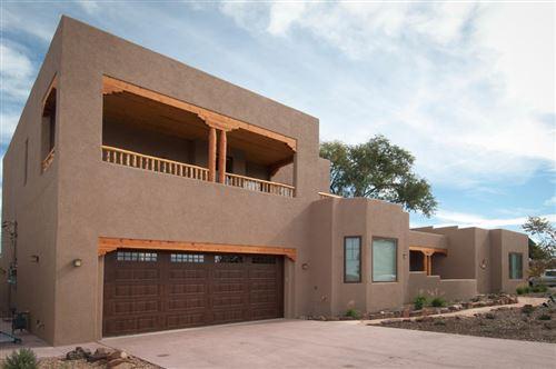 Photo of 1012 DARTMOUTH Drive NE, Albuquerque, NM 87106 (MLS # 965393)