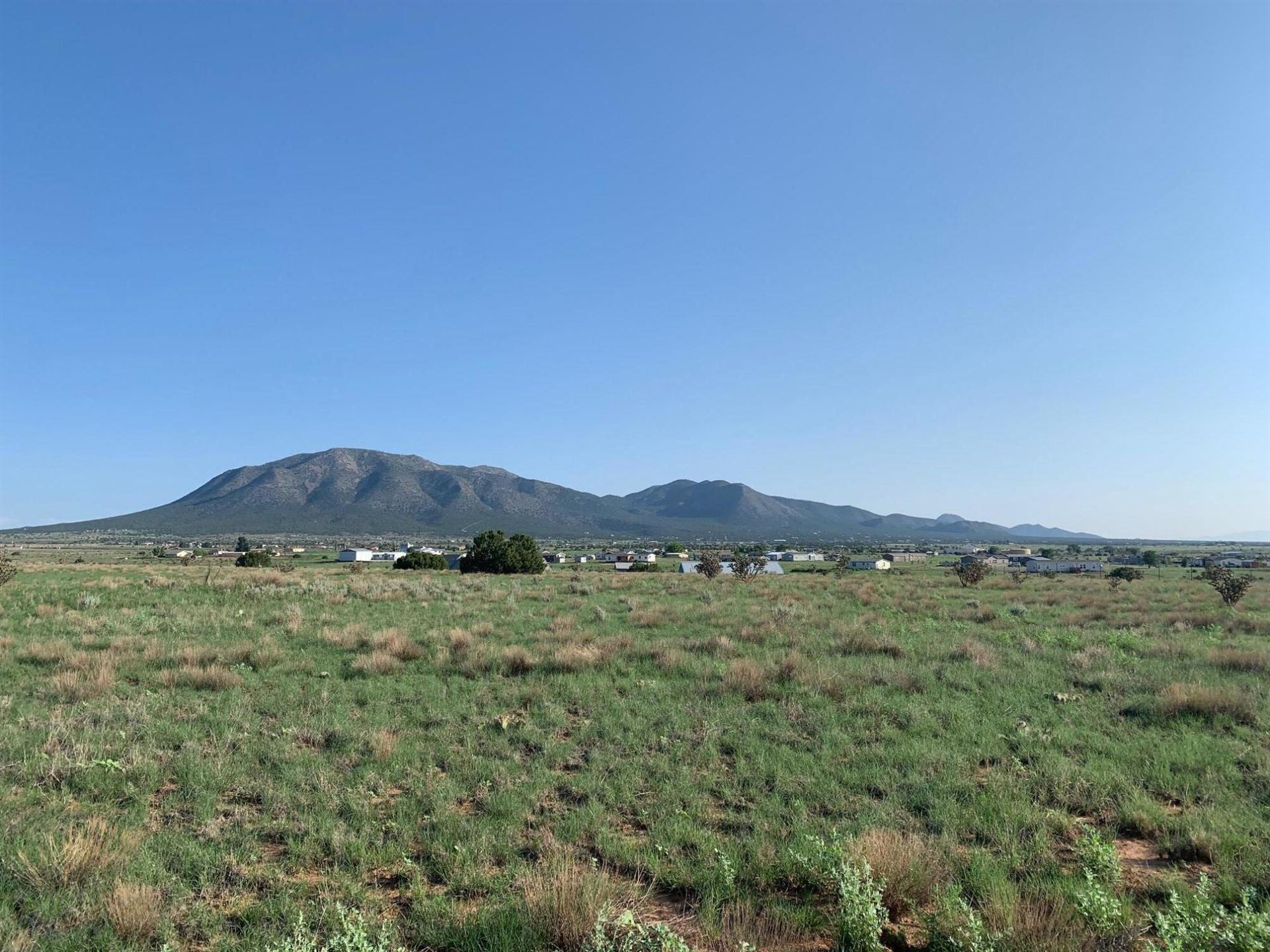 Photo for 22 NORTHLAND MEADOWS Place, Edgewood, NM 87015 (MLS # 997394)