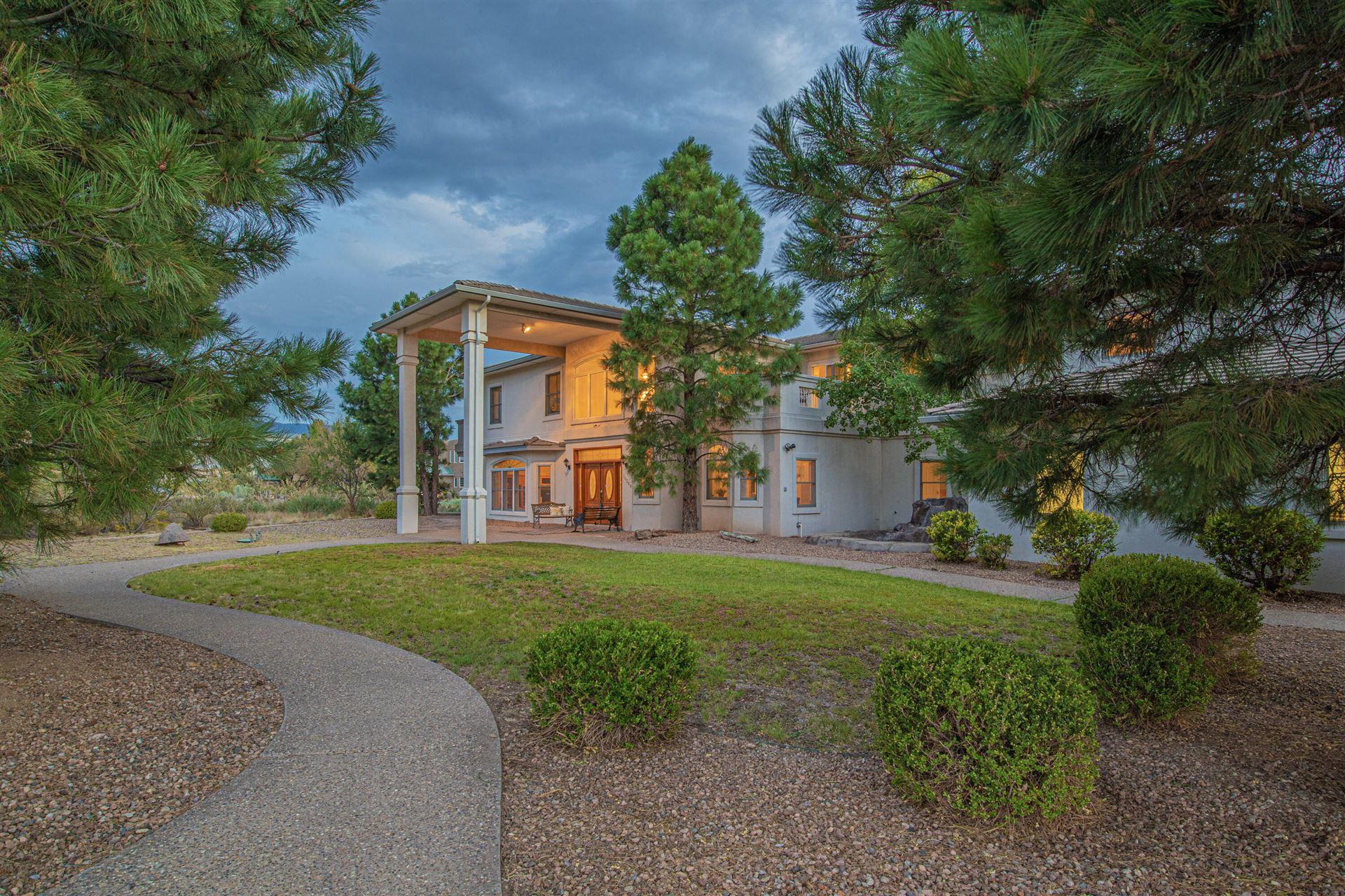 Photo of 11200 ELENA Drive NE, Albuquerque, NM 87122 (MLS # 1000396)