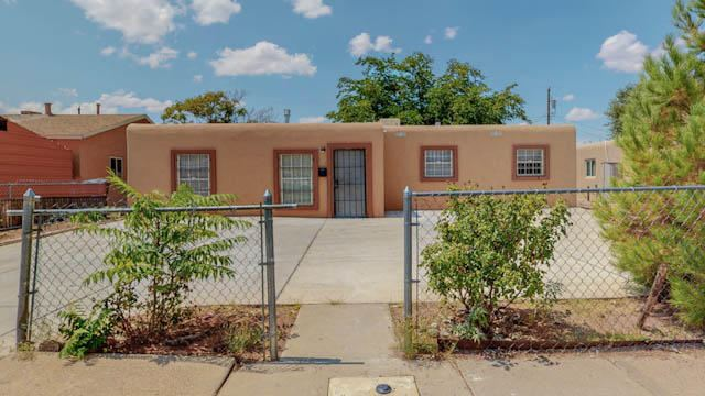 319 62ND Street NW, Albuquerque, NM 87105 - #: 999396