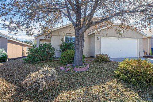 Photo of 5600 SUMMER RIDGE Road NW, Albuquerque, NM 87114 (MLS # 980397)