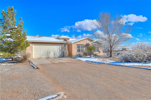 Photo of 604 5th Avenue NE, Rio Rancho, NM 87124 (MLS # 962398)