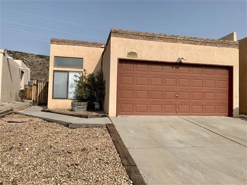 Photo of 7013 CLEGHORN Road NW, Albuquerque, NM 87120 (MLS # 977399)