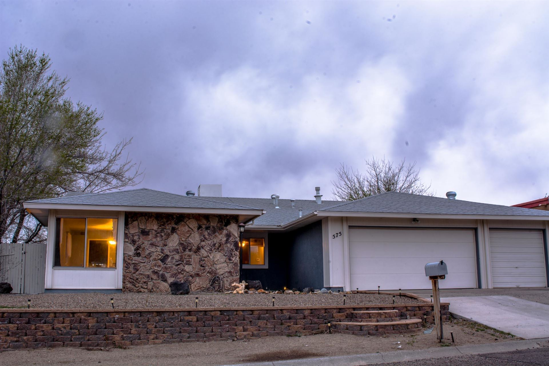 575 SILVER SADDLE Road SE, Rio Rancho, NM 87124 - #: 965403