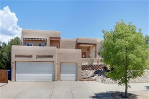 Photo of 712 Navarra Way SE, Albuquerque, NM 87123 (MLS # 948404)