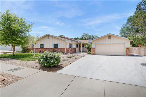 Photo of 9404 FARRAGUT Drive NE, Albuquerque, NM 87111 (MLS # 972404)