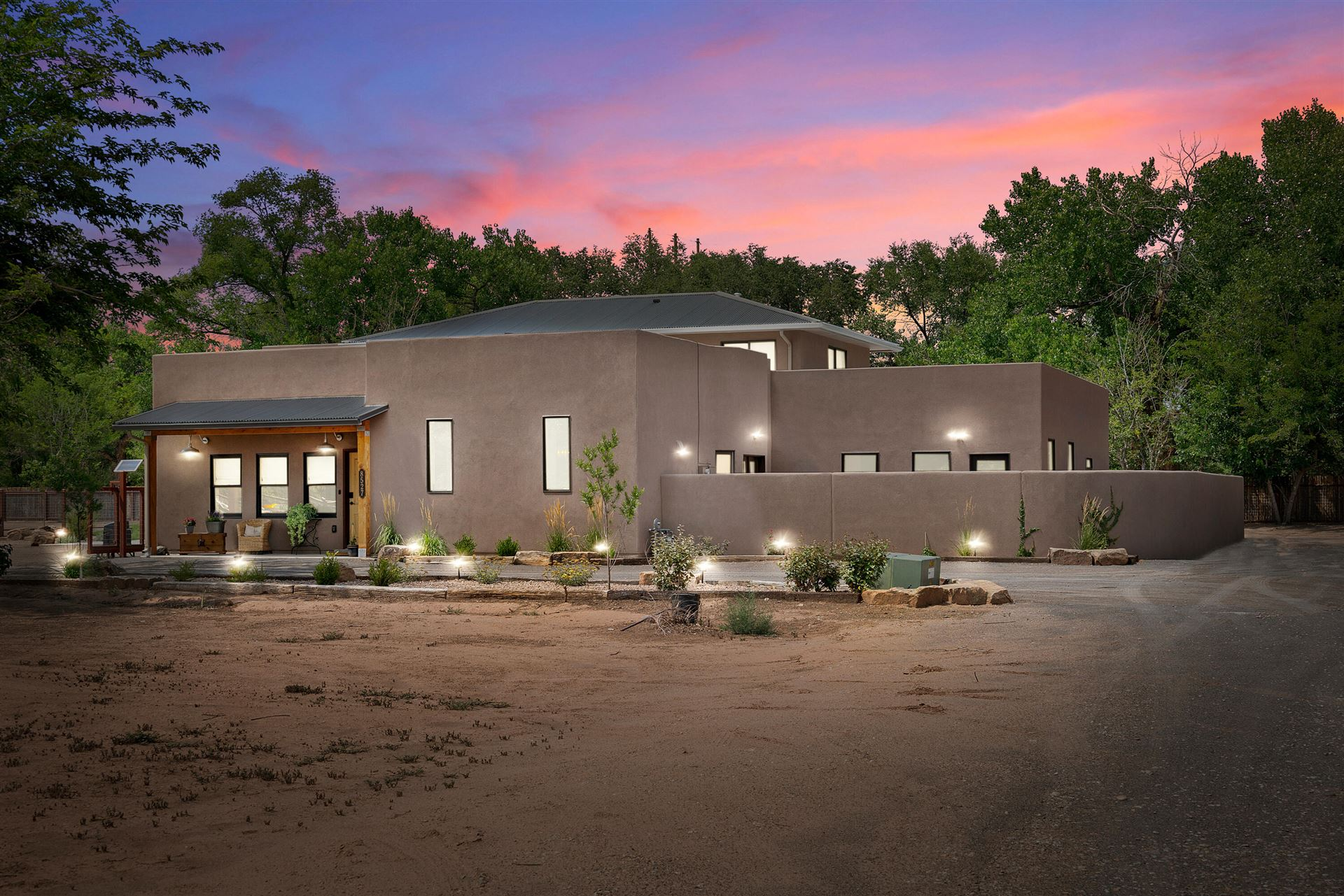 Photo for 8527 Rio Grande Boulevard NW, Los Ranchos, NM 87114 (MLS # 997404)