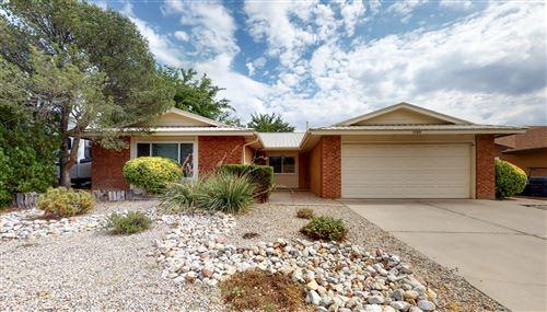 Photo of 7120 VIVIAN Drive NE, Albuquerque, NM 87109 (MLS # 974405)