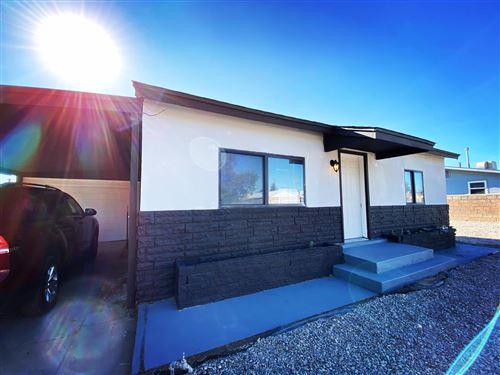 Photo of 475 59TH Street NW, Albuquerque, NM 87105 (MLS # 979407)