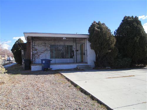 Photo of 400 WELLESLEY Drive SE, Albuquerque, NM 87106 (MLS # 982409)