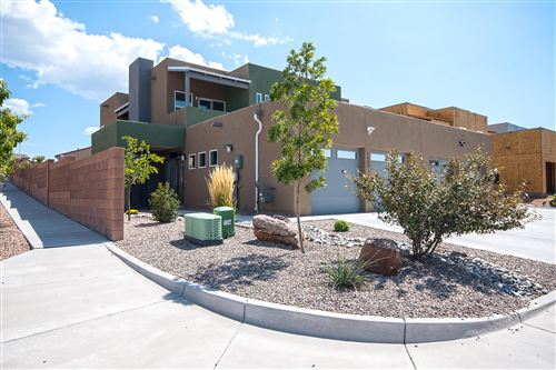 Photo of 1600 GULFSTREAM Drive SE, Albuquerque, NM 87123 (MLS # 966410)
