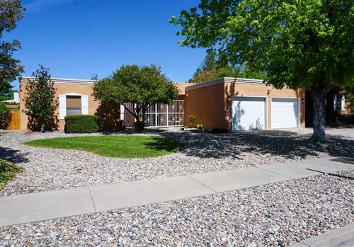 Photo of 6909 Rosewood Road NE, Albuquerque, NM 87111 (MLS # 972411)