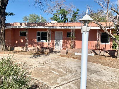Photo of 2717 Sierra Drive NE, Albuquerque, NM 87110 (MLS # 973412)