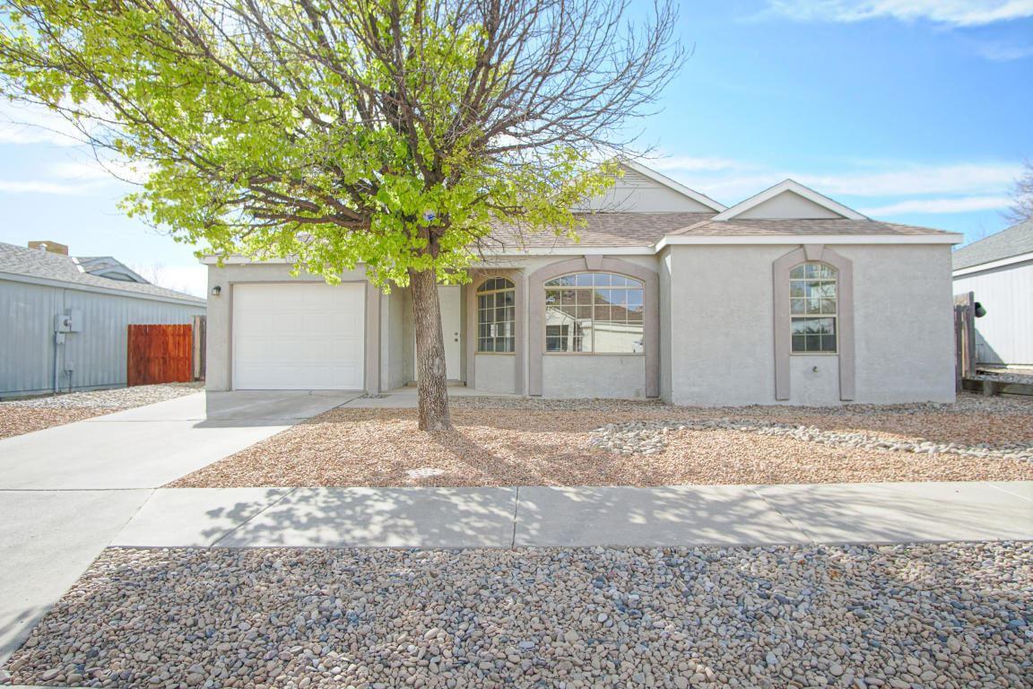 Photo of 1320 ELKSLIP Drive NE, Rio Rancho, NM 87144 (MLS # 978413)