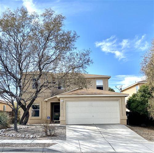 Photo of 10909 STONEBROOK Place NW, Albuquerque, NM 87114 (MLS # 980414)