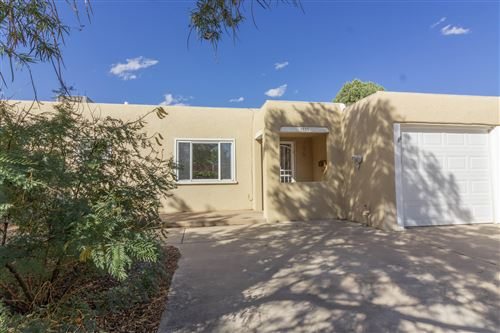Photo of 3025 Frontier Avenue NE, Albuquerque, NM 87106 (MLS # 956417)