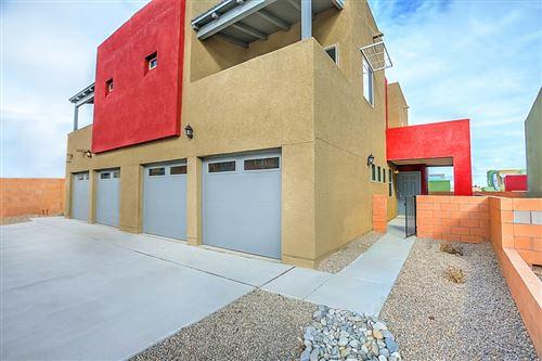 Photo of 1528 VOLPONI Drive SE, Albuquerque, NM 87123 (MLS # 985417)