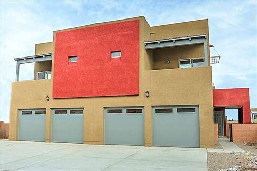 Photo of 1524 VOLPONI Drive SE, Albuquerque, NM 87123 (MLS # 985418)