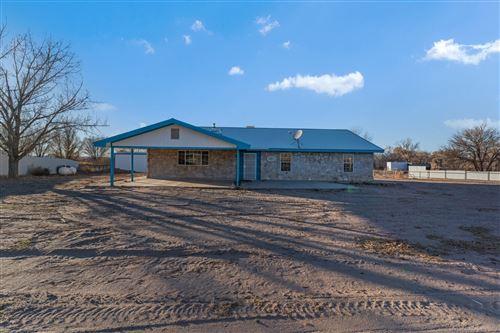 Photo of 185 LA ENTRADA Road, Los Lunas, NM 87031 (MLS # 991418)