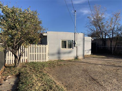 Photo of 468 LOS LENTES Road SE, Los Lunas, NM 87031 (MLS # 980419)