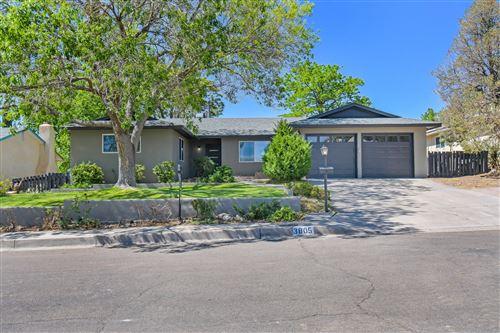 Photo of 3805 Big Bend Road NE, Albuquerque, NM 87111 (MLS # 991420)