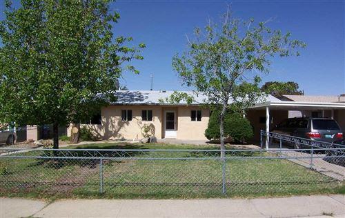 Photo of 2717 ESPANOLA Street NE, Albuquerque, NM 87110 (MLS # 991421)