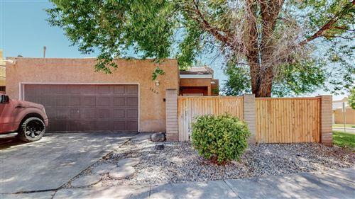 Photo of 7300 BOBWHITE Lane NE, Albuquerque, NM 87109 (MLS # 992423)