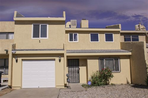 Photo of 211 SHAWNEE Court SE, Albuquerque, NM 87108 (MLS # 971424)