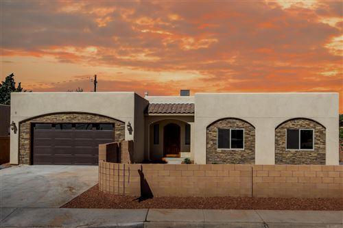 Photo of 4009 GRANDE Drive NW, Albuquerque, NM 87107 (MLS # 976424)