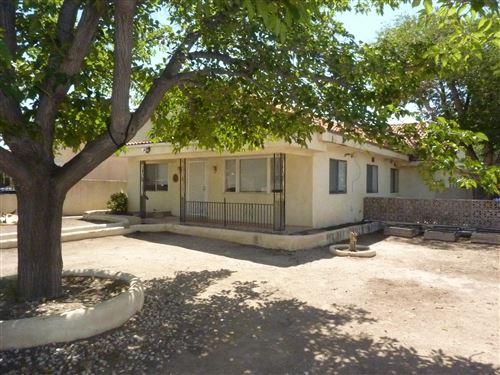 Photo of 1145 COLUMBIA Drive NE, Albuquerque, NM 87106 (MLS # 997432)