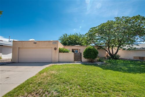 Photo of 5308 BEEBE Street NE, Albuquerque, NM 87111 (MLS # 974436)