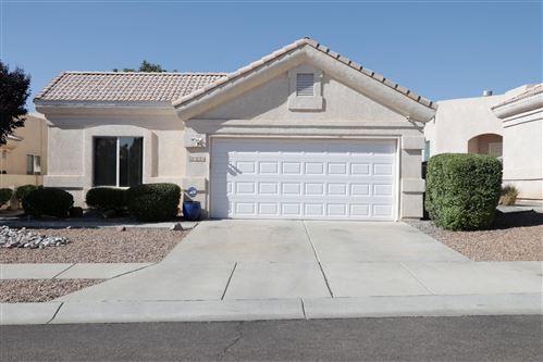 Photo of 8729 PALOMAR Avenue NE, Albuquerque, NM 87109 (MLS # 977436)