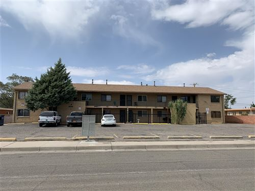 Photo of 1109 ARIZONA Street SE, Albuquerque, NM 87108 (MLS # 978440)