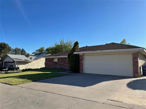 Photo of 5309 RAWLINGS Road NE, Albuquerque, NM 87111 (MLS # 991440)