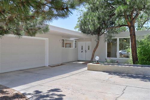 Photo of 7700 Hermanson Place NE, Albuquerque, NM 87110 (MLS # 974448)