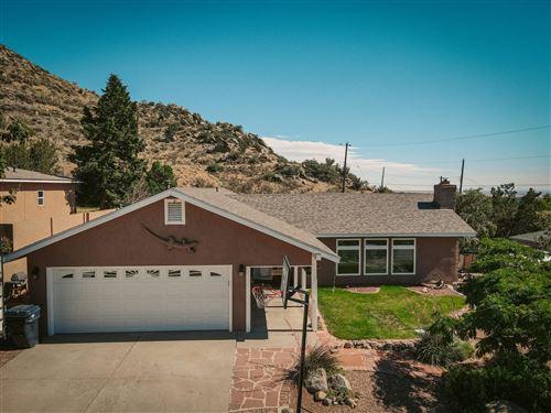 Photo of 14606 HILLDALE Road NE, Albuquerque, NM 87123 (MLS # 996453)
