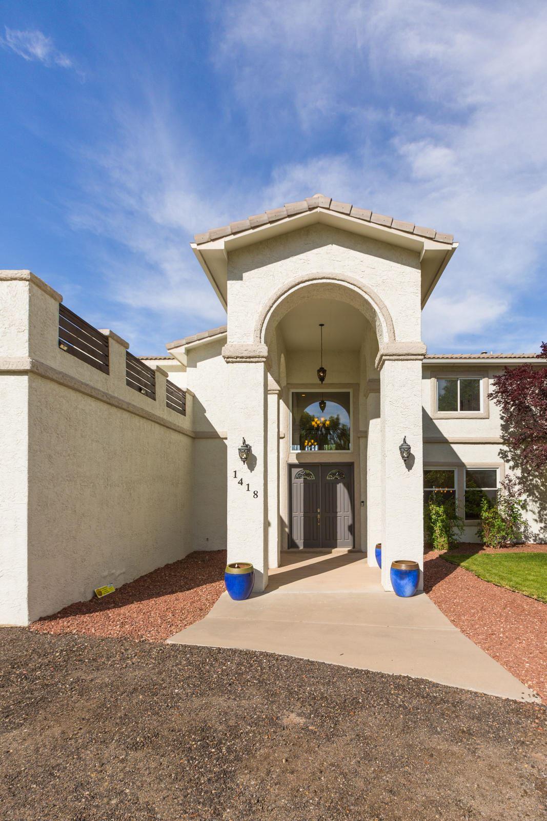 Photo of 1418 BONITO SUENOS Court NW, Los Ranchos, NM 87107 (MLS # 968454)