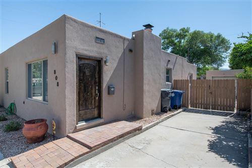 Photo of 808 VASSAR Drive NE, Albuquerque, NM 87106 (MLS # 972457)