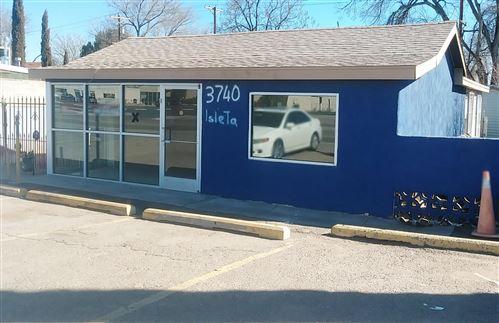 Photo of 3740 Isleta Boulevard SW, Albuquerque, NM 87105 (MLS # 952460)