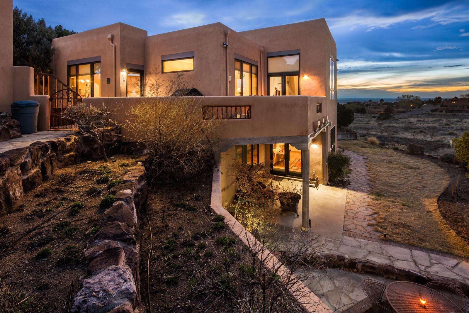 Photo of 1503 Eagle Ridge Road NE, Albuquerque, NM 87122 (MLS # 965461)