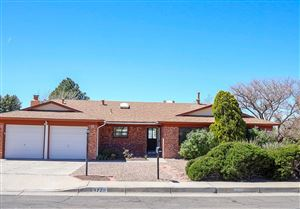 Photo of 4720 Oahu Drive NE, Albuquerque, NM 87111 (MLS # 940465)