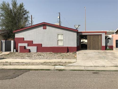 Photo of 11305 SHADOW MOUNTAIN Road NE, Albuquerque, NM 87123 (MLS # 977467)