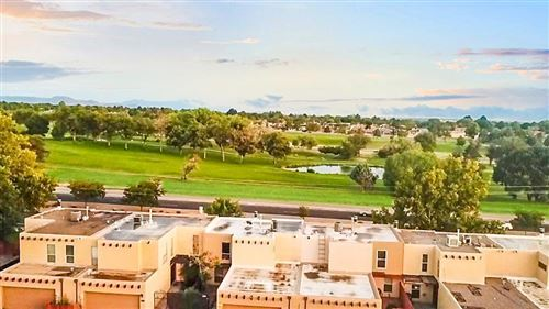 Photo of 62 Plaza De La Noche NE, Albuquerque, NM 87109 (MLS # 954468)