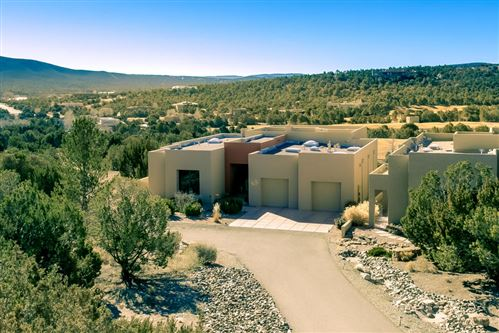 Photo of 31 HOGAN Court, Sandia Park, NM 87047 (MLS # 989469)