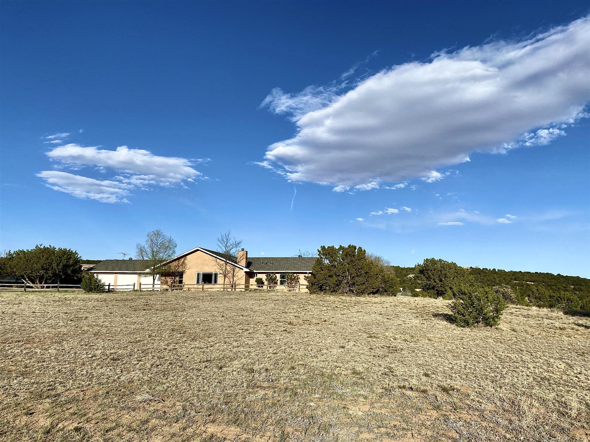 Photo of 14 Crestview Road, Edgewood, NM 87015 (MLS # 991484)