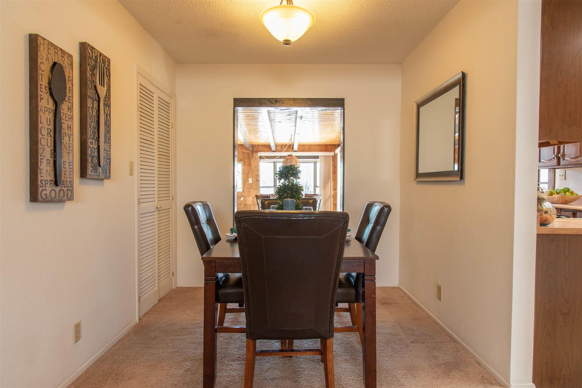 Photo of 806 La Casa De Prasa Drive SE, Rio Rancho, NM 87124 (MLS # 989487)