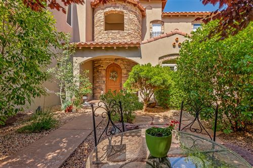 Photo of 8909 Oakland Court NE, Albuquerque, NM 87122 (MLS # 960488)