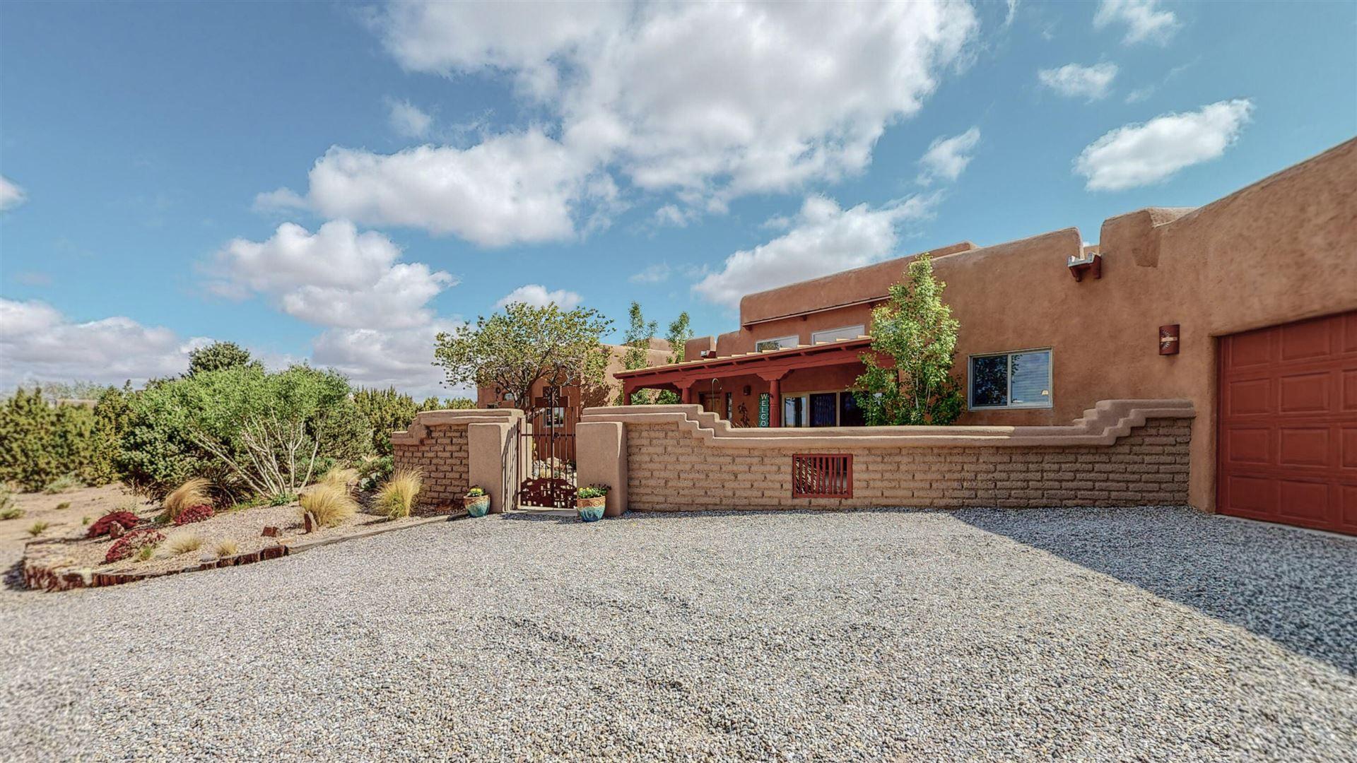 Photo of 6 ARIEL Court, Placitas, NM 87043 (MLS # 991490)